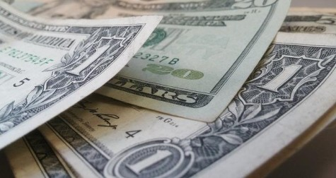 Debate sobre dolarización enfrenta a expertos