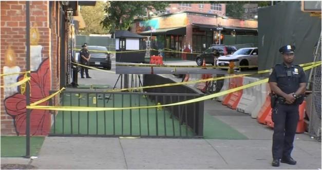 Balacera deja cinco heridos frente a bar en el Alto Manhattan incluido uno baleado por policías