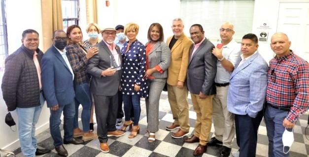 Asociación Dominicana de Ajedrez dedica torneo al vicecónsul y propulsor de ese deporte Yulín Mateo