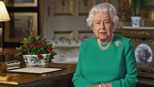 """Isabel II rinde homenaje por 11-S: """"Tengo en el pensamiento y en mis oraciones a las víctimas, supervivientes y familias afectadas"""""""
