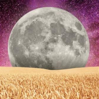 La luna llena de cosecha en Piscis te pide que actúes con empatía