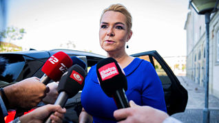 Parte en Dinamarca juicio contra ex ministra acusada de separar a parejas de migrantes