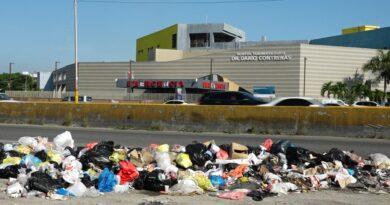 La basura vuelve a apoderarse de Santo Domingo Este