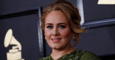 """""""He reconstruido mi corazón"""": Adele regresa a la música seis años después de publicar su último álbum"""