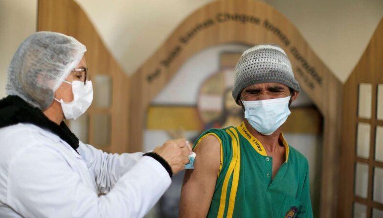 Brasil registra 7.852 casos nuevos y otras 176 muertes por COVID-19