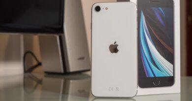 Apple tendría entre manos el iPhone SE 3 que llegaría con 5G, pero con el mismo diseño de la generación pasada